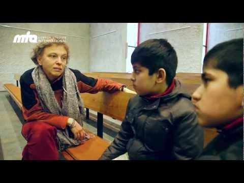 Warum feiern Christen Weihnachten? Muslimische Kinder auf Wissensreise