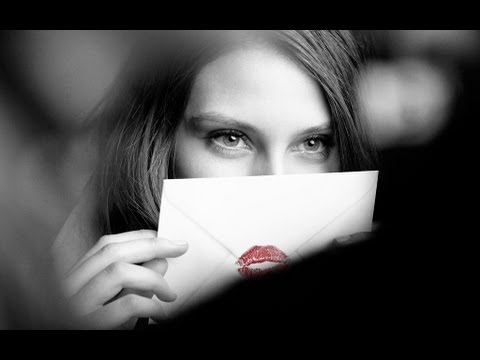 kisses - Discover Burberry Kisses: http://kisses.burberry.com Send a letter sealed with your kiss.