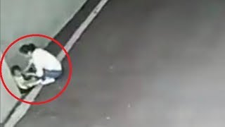 Video Mother left her toddler in a car park in China MP3, 3GP, MP4, WEBM, AVI, FLV Agustus 2017
