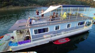 Oroville (CA) United States  City new picture : Drone Footage of Houseboats - Lake Oroville, CA