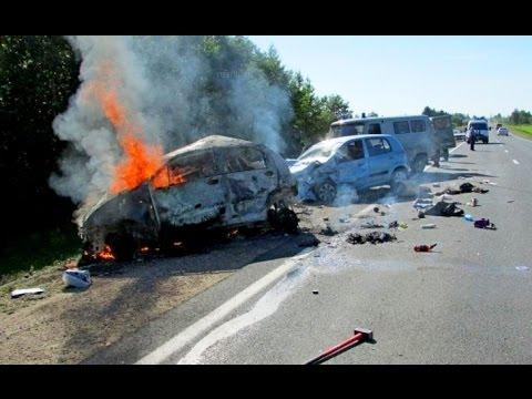 смотреть автоаварии: