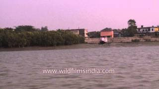 Gosaba India  City new picture : Travelling on the Gosaba river on a boat, West Bengal