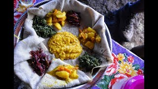 Ethiopian Food - Potato&Carrot Alicha Recipe Mild Vegan Stew Amharic English Injera