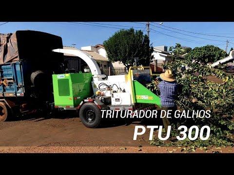 Triturador de galhos operando na limpeza da cidade - Lippel PTU 300