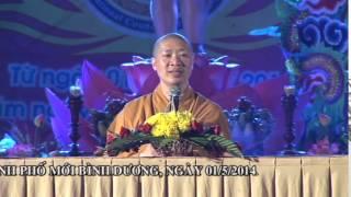 Cúng Dường Đèn Hoa Lên Đức Phật