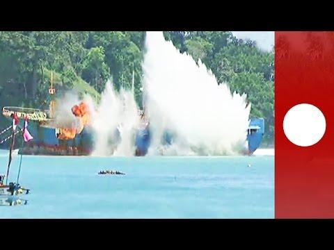 Door Interpol gezocht vissersschip opgeblazen