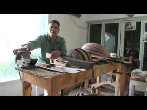 Abdellatif Ben Lasfer, fabricant d'instruments de musique