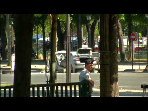 Car Hits Police Vehicle OnParis' Champs Elysees, Driver Arrested
