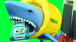 Matchbox Mission Marine Rescue Shark Ship with Disney Cars Lightning McQueen Mater Lemons Hot wheels