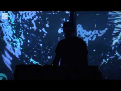 , title : 'Moderat - Nr. 22 (Live in Prague, 2014)'