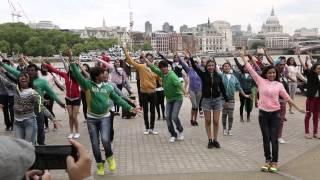 Video Bollywood flashmob at the iconic Southbank London MP3, 3GP, MP4, WEBM, AVI, FLV April 2019