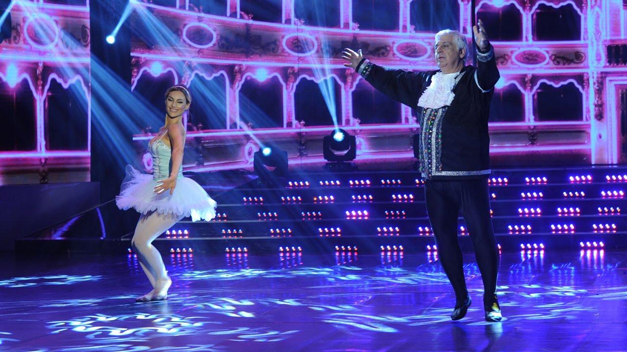 Este baile clásico de Samid, con aleteo loco y saltitos, es una gema de la danza