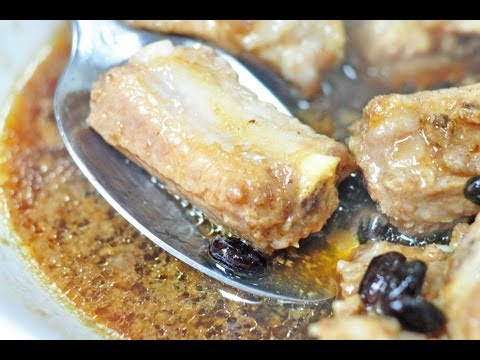 Chinese Chef Cooks Steamed Pork Spare Ribs in Black Bean Sauce