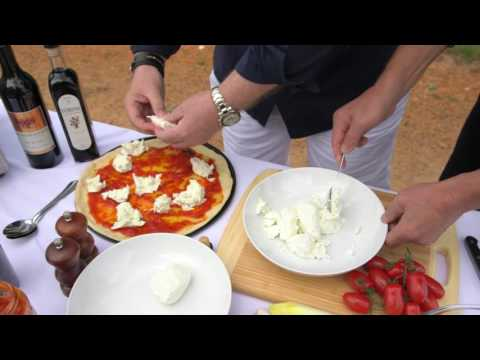Making pizzas with Breville Smart Pro oven   The good Guys