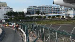 Saint-Martin: une fille se fait éjecter par les réacteurs d'un avion