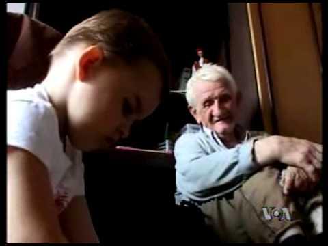 srpkinje hot - U Prizrenu je pre 1999. godine živelo oko 12.000 Srba, a danas ih je svega dvadesetak. Najmlađe Srpkinje u gradu su troipogodišnja Milica i njena majka Evica...