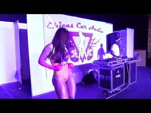 Video Las Chicas Car Audio en el MCM Bogotá Corferias 2017 download in MP3, 3GP, MP4, WEBM, AVI, FLV January 2017