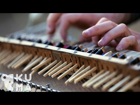 An epic performance: a piano made of chopsticks sounds amazing