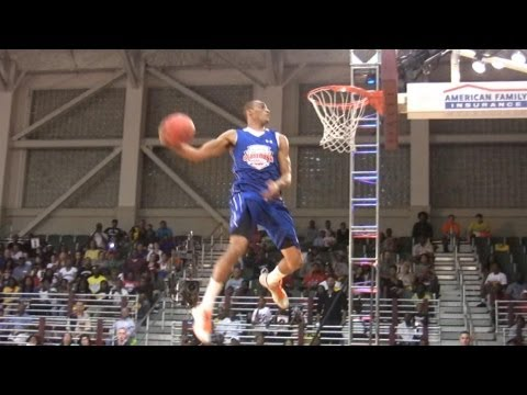 JP Tokoto Dunk Contest - JP Tokoto defeated Shaq Johnson in the finals of the 2012 American Family Insurance High School Dunk Contest in New Orleans.