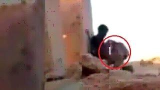 Download Video CERDAS!!! begini cara pria ini menghadapi Sniper! MP3 3GP MP4