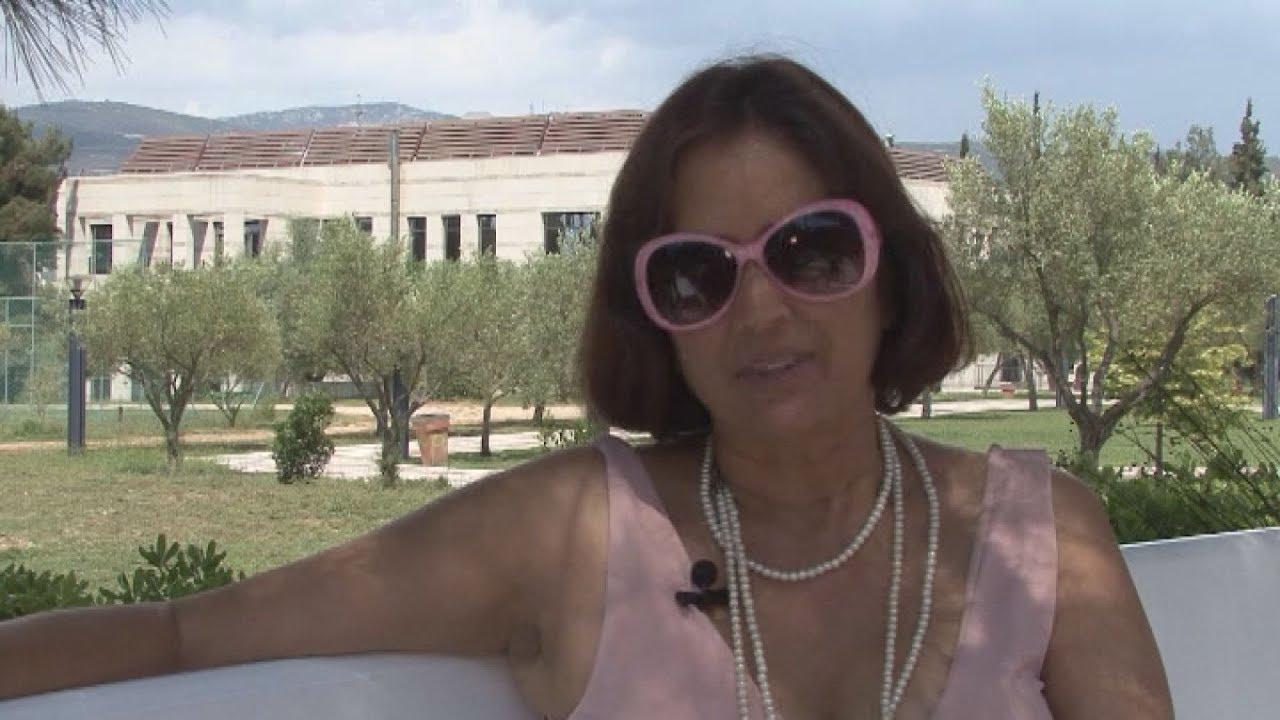 Συνέντευξη με την Κριστίν Μπρους