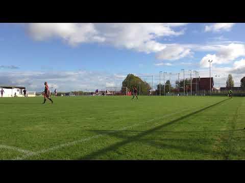 Second but de Champs (2-0) lors du match Champs sur Marne contre Pommeuse (4-1) (05-11-2017)