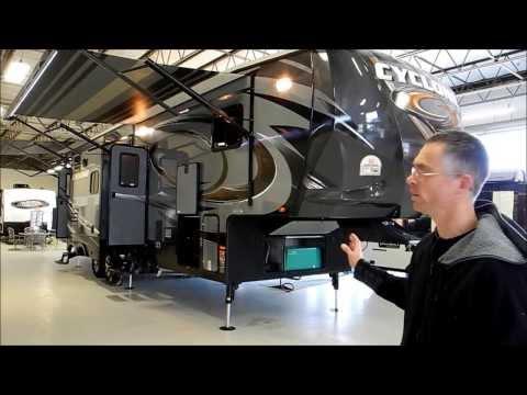 2014 HEARTLAND CYCLONE 3110 TOY HAULER FIFTH WHEEL PATIO DECK GENERATOR ALUMINUM FRAME i94RV