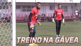 Treino do Flamengo na Gávea antes de partida contra o Cruzeiro. -------------- Seja sócio-torcedor do Flamengo: http://bit.ly/1QtIgYl...