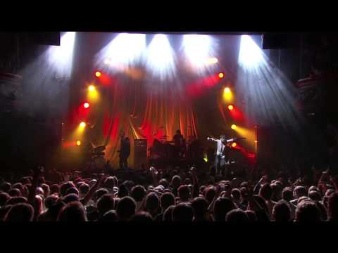 SUEDE - SO YOUNG - (LIVE IN PARIS 2013)