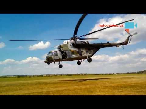 Start vojenského vrtulníku Mi-171Š