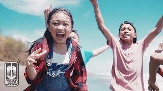 Download Lagu Zara Leola - Liburan (OST. Petualangan Menangkap Petir) | Official Video Mp3