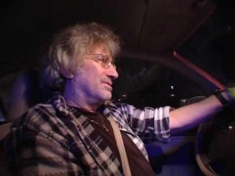 ישן ביום וער בלילה-מסע לילי עם הזמר דני ליטני
