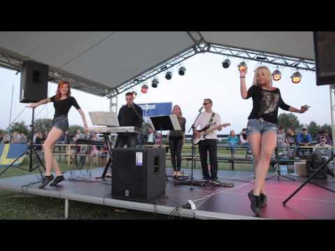 Video La Isla Bonita - Gency Band Cover download in MP3, 3GP, MP4, WEBM, AVI, FLV January 2017