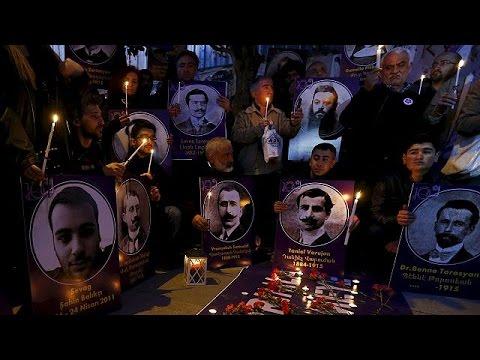 Αρμενία: Στην πυρά τουρκικές και αζέρικες σημαίες