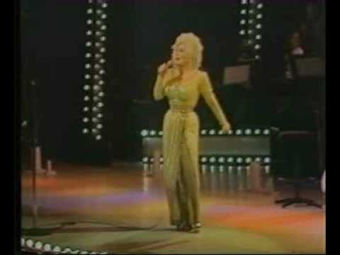 9 to 5 - Dolly Parton