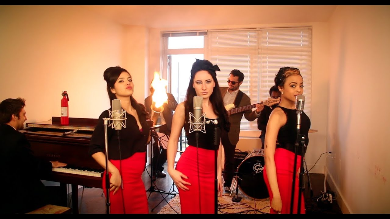 Burn – Vintage '60s Girl Group Ellie Goulding Cover with Flame-O-Phone