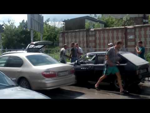 Драка автовладельцев на светофоре в г.Искитим