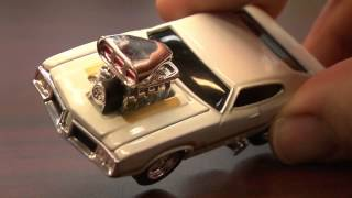 CGR Garage - OLDSMOBILE 442 Muscle Machines Review