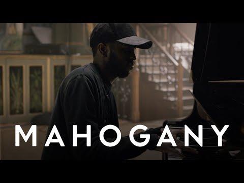 Keep On | 4K Mahogany Session