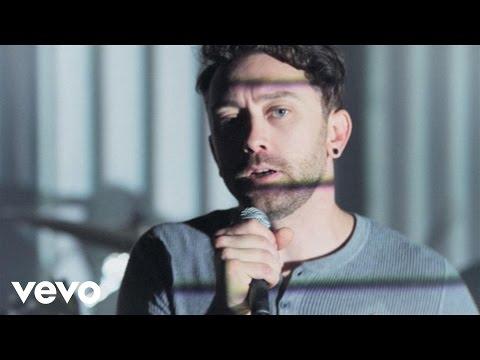 Tekst piosenki Rise Against - Tragedy + Time po polsku