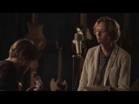 Erlend Øye - Fence Me In