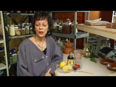 Alternative Medicine & Home Remedies : Does the Lemon Cleanse Diet Work?