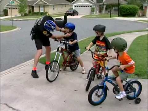 bicycle safety for 4th grade School bus safety is one of the components of the pedestrian safety curriculum a series of 5 lessons teaches basic pedestrian safety concepts at different elementary grade levels lesson plans, interactive skill-building activities and a video are provided.