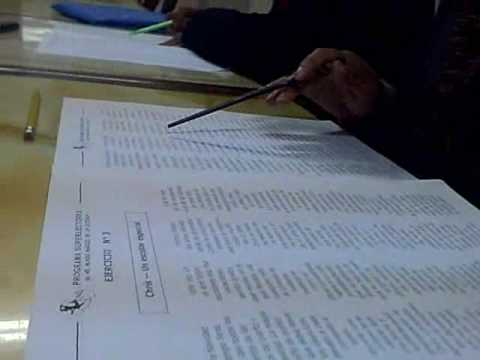 Alumnos en la primera clase de lectura veloz