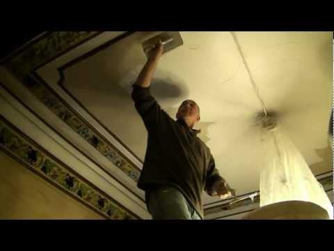 comment traiter les fissures d'un plafond
