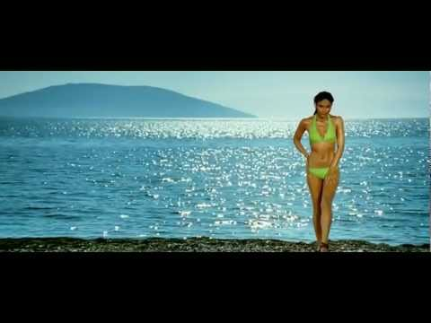Video kareena kapoor in bikini [720p - HD] - Tashan download in MP3, 3GP, MP4, WEBM, AVI, FLV January 2017