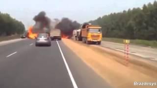 Bardzo mocna kompilacja wypadków samochodowych