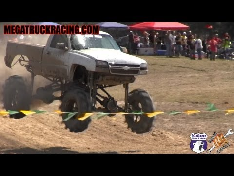 Duramax diesel 'Milk Man' impresses crowd at 2013 Mud Truck Madness