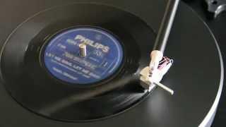 """Lado A do compacto """" Raul Seixas """" de 1972 Vinil Compacto 33 1/3 rpm ESTEREO 6069 051 -A Raul Seixas A: Let me sing, let..."""