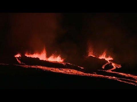 Ρεϋνιόν: Βρυχάται ξανά η «Κορυφή του Φούρνου»